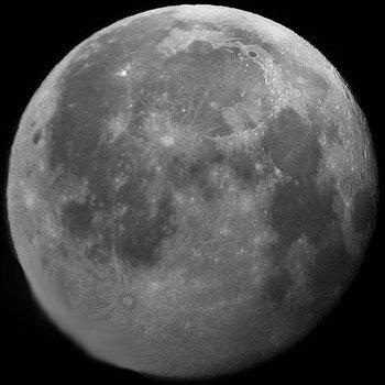 Луна Апрель 2019